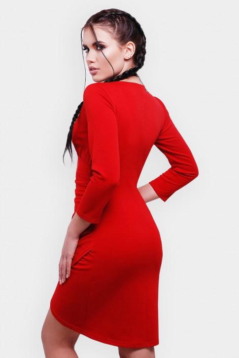 Яркое ассиметричное  платье на запах с длинным рукавом. Цвет: красный (фото 2)