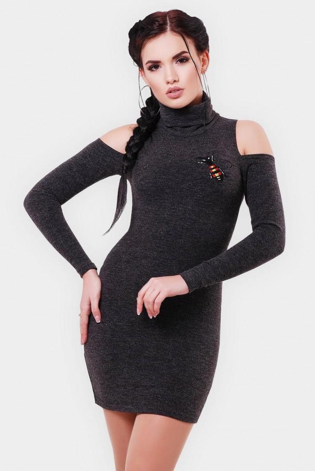 Платье с вырезами на рукавах и вышивкой. Цвет: графит