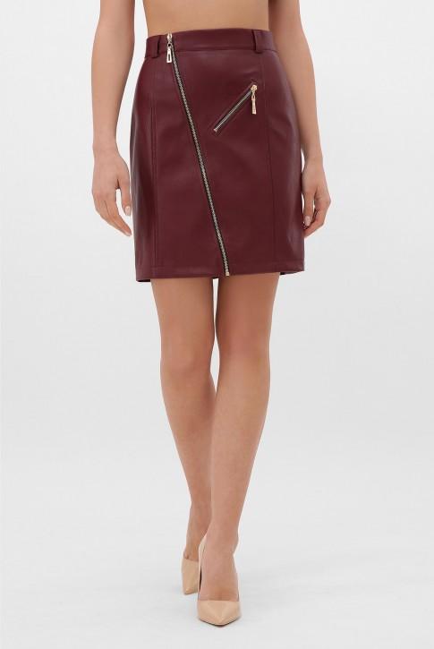 Бордовая кожаная юбка с косой молнией. YUB-1075B