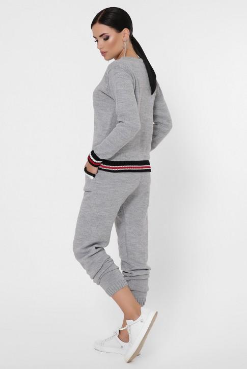 Женский вязаный костюм с цветными манжетами, серый KSE0001 (фото 2)