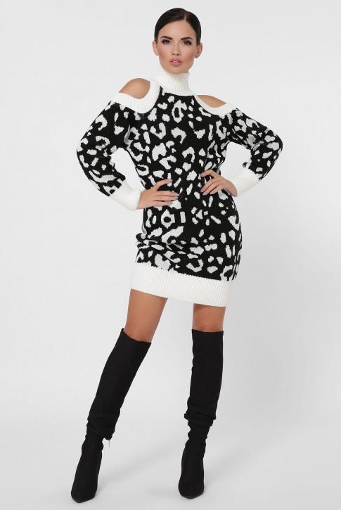 Вязаное платье открытыми плечами и длиной выше колена. VPA0004