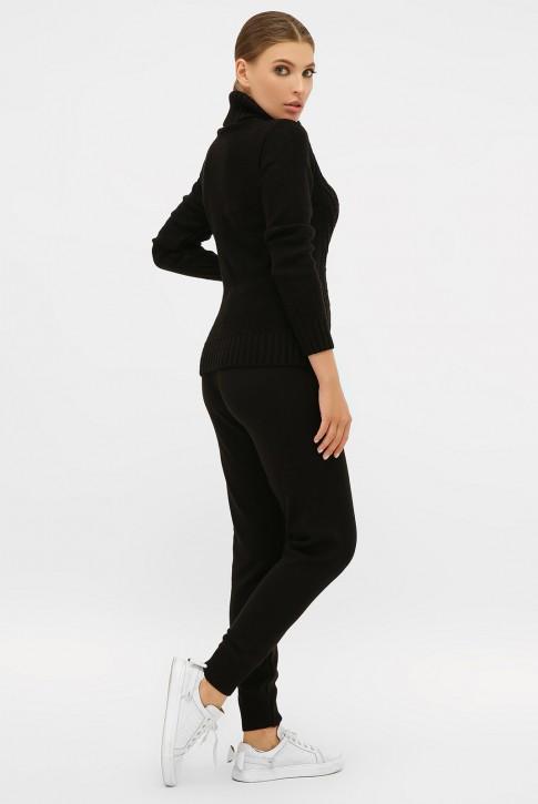 Молодежный вязаный костюм под горло черного цвета (фото 2)
