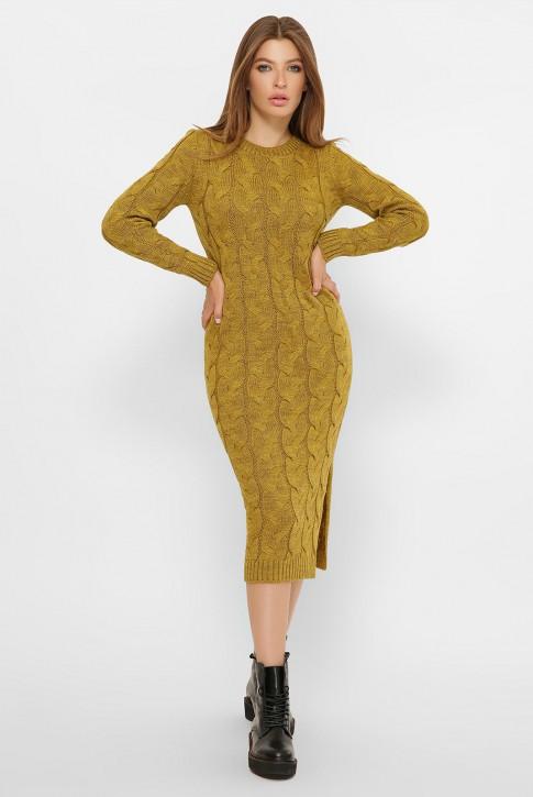 Длинное горчичное вязаное платье