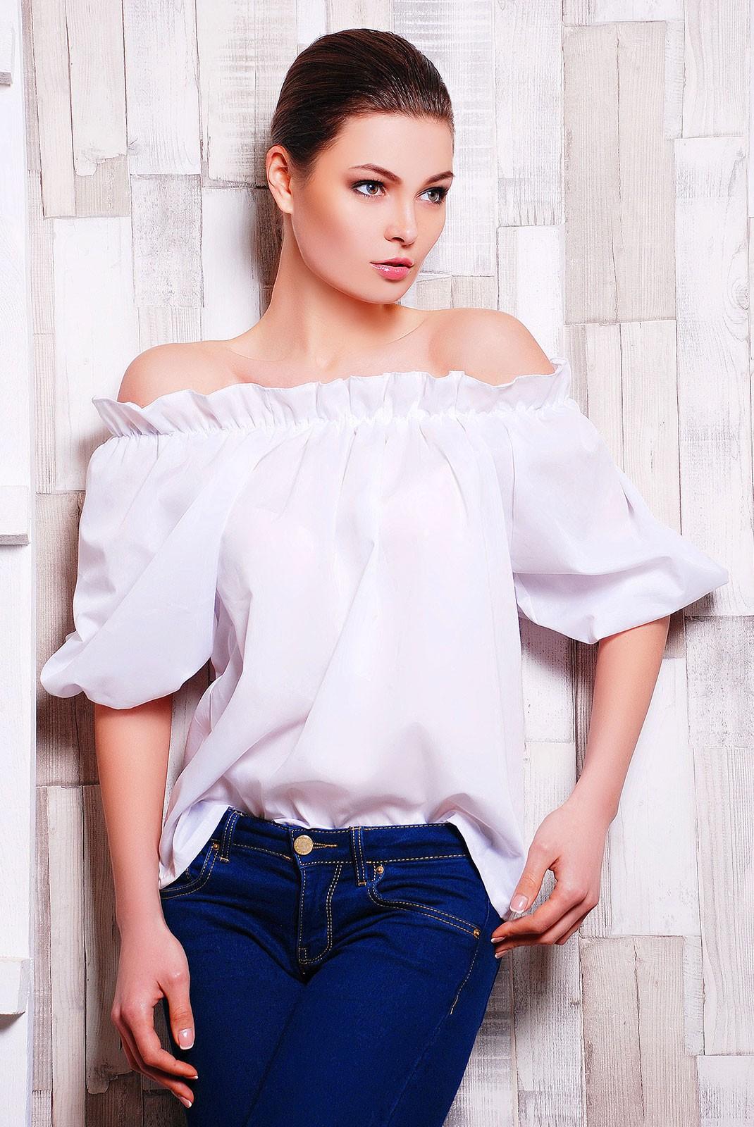 Купить блузка с открытыми плечами на резинке