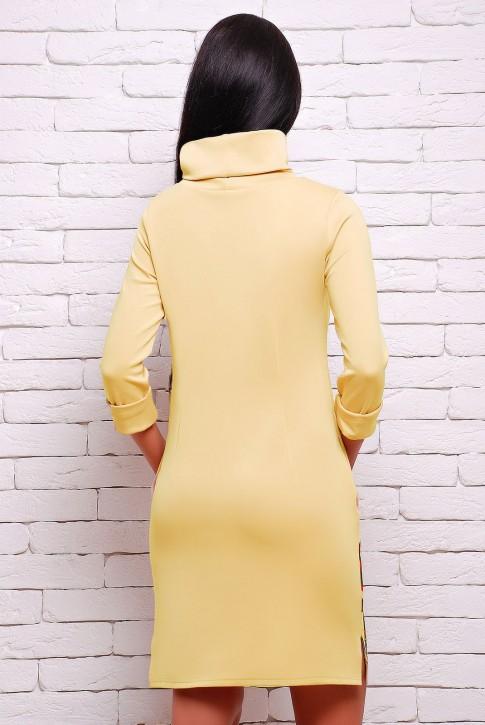 Желтое платье с длинным воротником (фото 2)