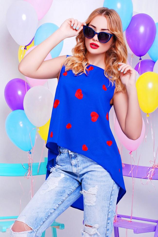 Синяя блузка из шифона с сердечками