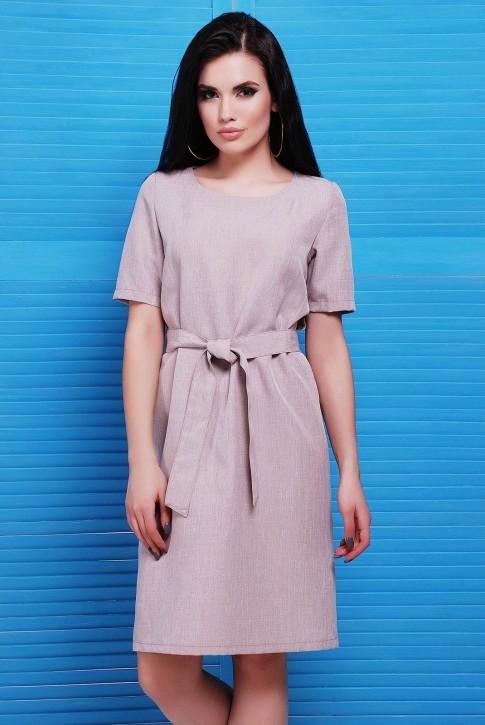 Бежевое платье с коротким рукавом из льна