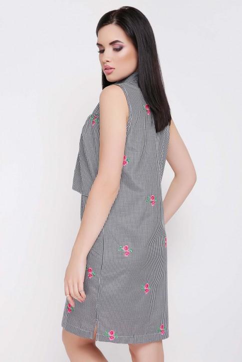 Платье в мелкую черную клетку с вышивкой (фото 2)