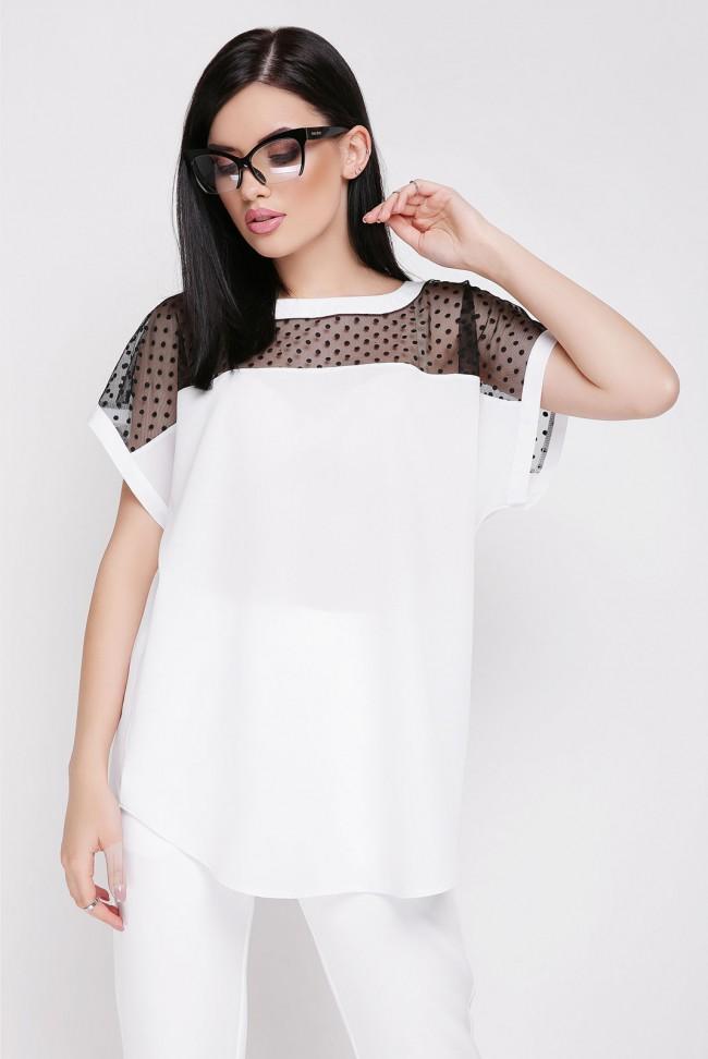 Белая блузка с контрастной отделкой