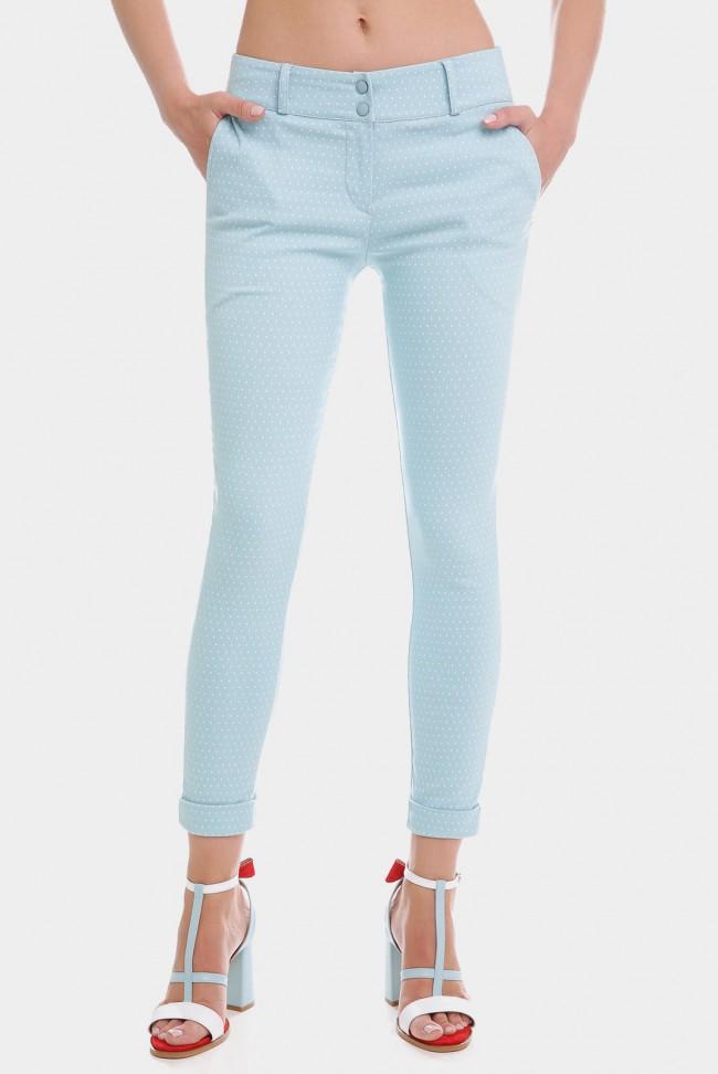 Укороченные женские брюки 7/8 светло-голубого цвета в мелкий горошек. BRK-286D