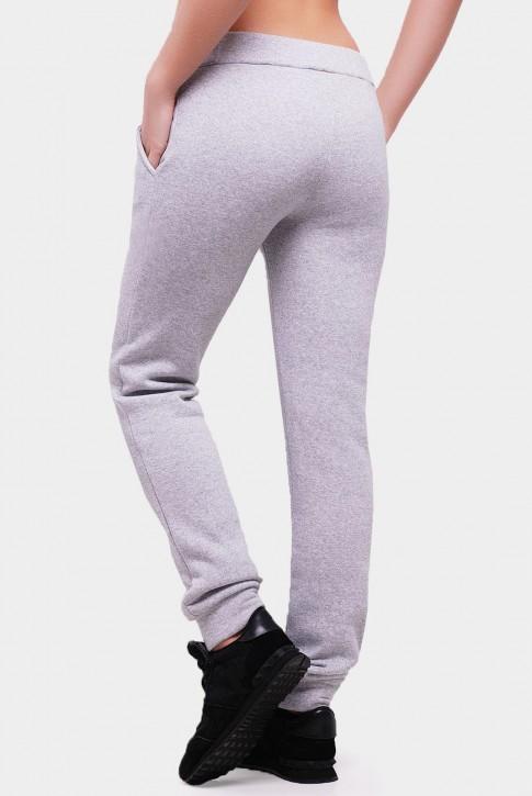 Утепленные штаны из трехнитки с карманами. Цвет: светло-серый (фото 2)