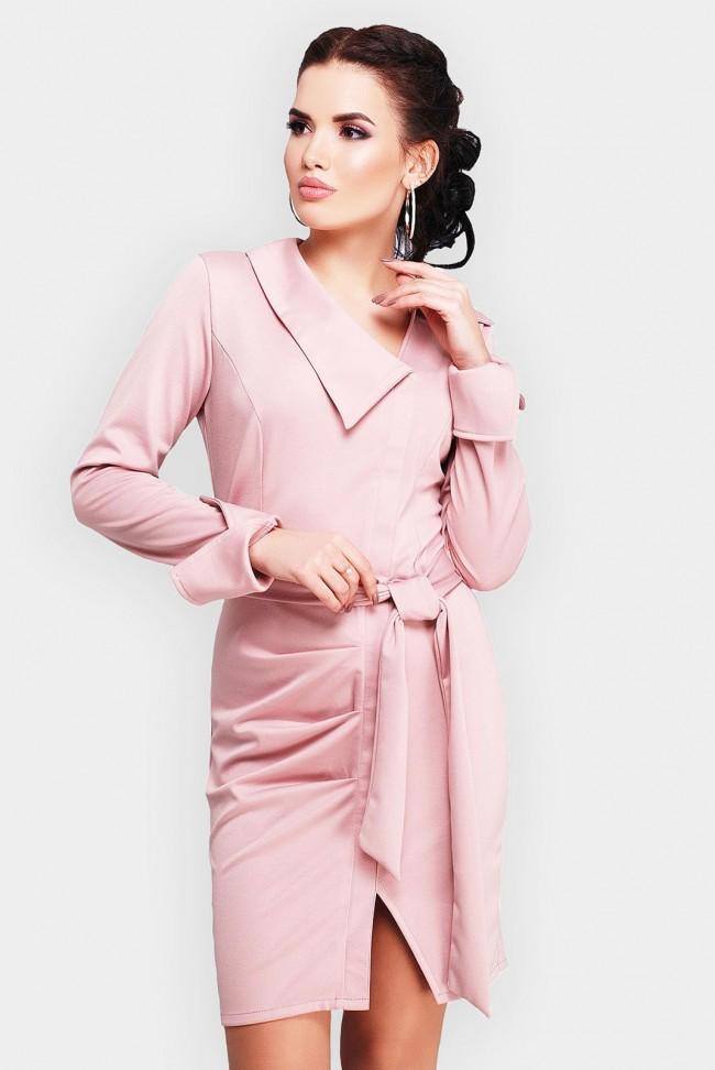 Укороченное платье пудрового цвета с поясом