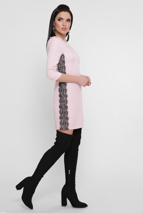 Короткое светло-розовое платье с черным гипюром. PL-1756B (фото 2)